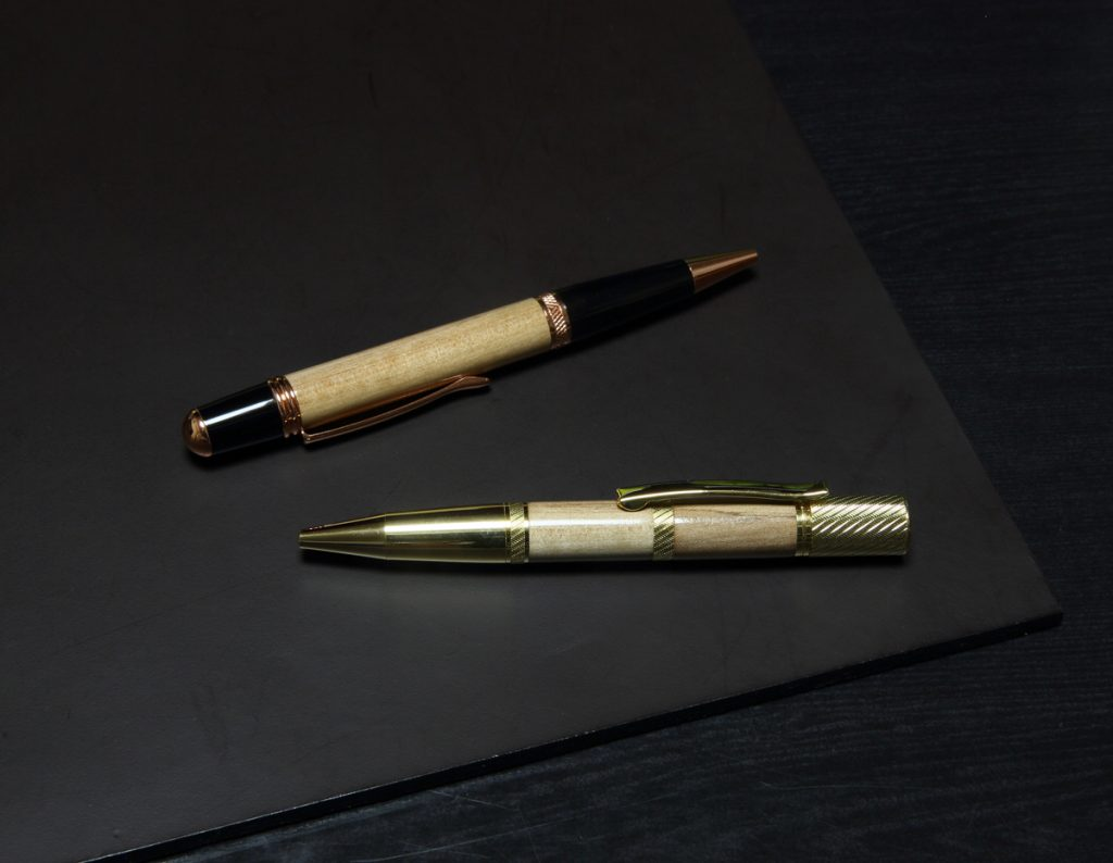トサミズキによる木工芸:ボールペン